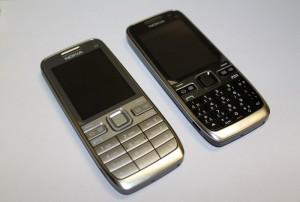 Nokia E52 (a sinistra) ed E55