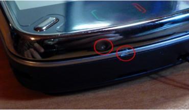 Nokia N97, graffi e plastiche rovinate