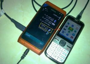 Nokia N8 collegato a altro cellulare via USB