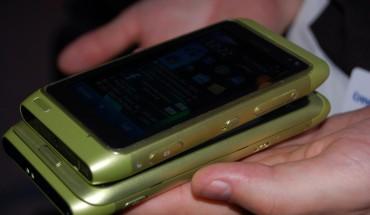 Nokia E7 e N8