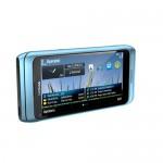 Nokia E7 blu fronte
