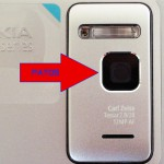 """Nokia N8, il copriobiettivo automatico """"chiuso"""""""