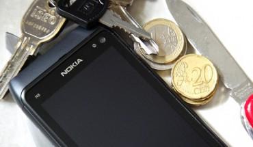 Nokia N8 test Gorilla Glass