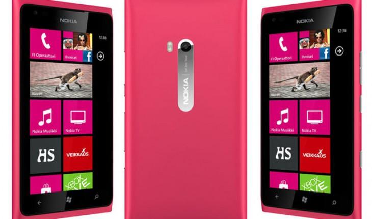 Nokia Lumia 900 Magenta