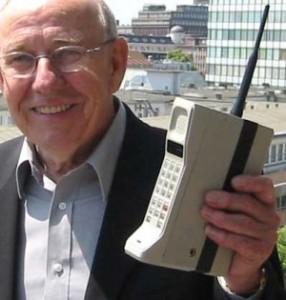 Telefono Cellulare Primordiale