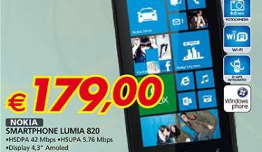 Nokia Lumia 820 in offerta