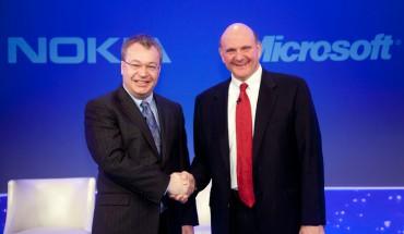 tephen Elop e Steve Ballmer