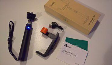 AUKEY Selfie Stick Bluetooth HD-P4