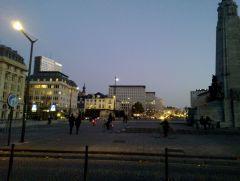 Nokia N9: La città